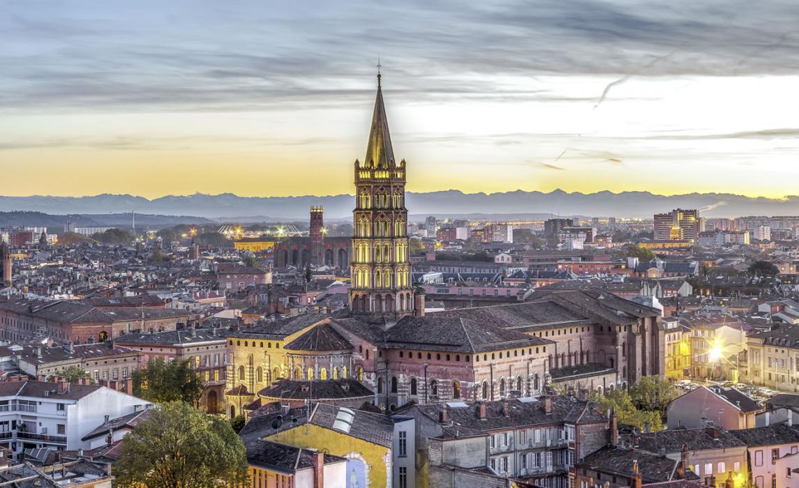 Vue de Toulouse et la basilique Saint-Sernin