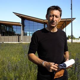 François Delarozière devant le Halle des Machines